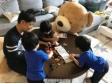 幸福家庭日!林志颖和三个儿子玩乐高超温馨